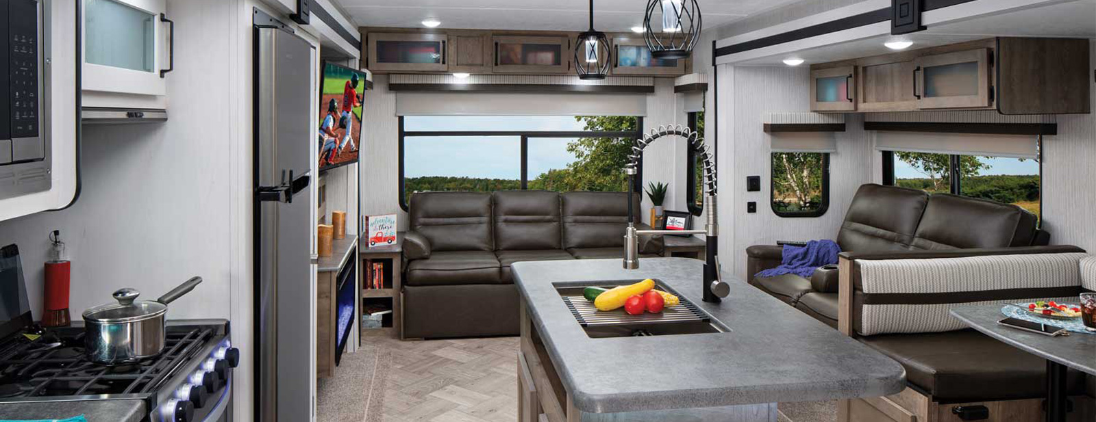 Prime Puma Palomino Rv Manufacturer Of Quality Rvs Since 1968 Pdpeps Interior Chair Design Pdpepsorg